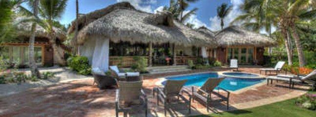 3 Bedroom Golf Villa in Punta Cana - Image 1 - Punta Cana - rentals