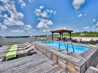 Contemporary 2 Bedroom Villa in Cupecoy - Cupecoy vacation rentals