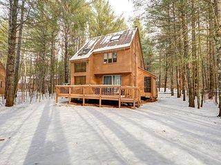Fox Run Townhouse w/,Wifi near skiing! Great for 2 Families-Sleeps 13! - Bartlett vacation rentals