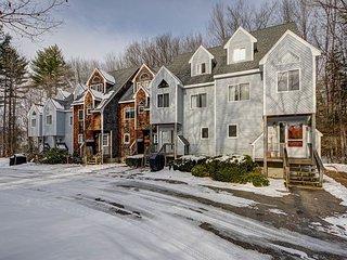 3+BR North Conway Condo near skiing w/fireplace! - North Conway vacation rentals