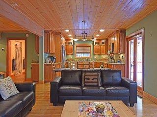 Inviting, Comfortable Family Retreat - Tahoma vacation rentals