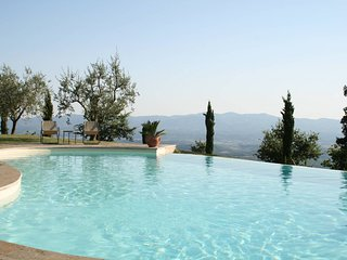 Romantic Nest on Tuscany Hills - Province of Arezzo vacation rentals