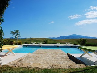 Luxury Privacy in the Heart of Tuscany - Monticchiello vacation rentals