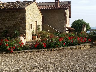 Comfortable 2 bedroom Province of Arezzo Apartment with Internet Access - Province of Arezzo vacation rentals
