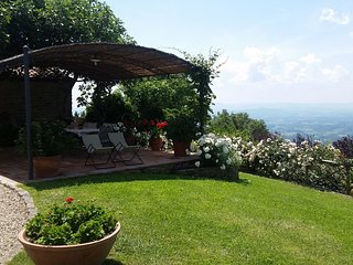 Tuscany in a small, old Panoramic Hunting House - Province of Arezzo vacation rentals