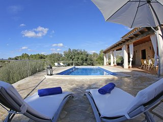 Beautiful House with Internet Access and Washing Machine - Sant Joan vacation rentals