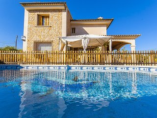 Beautiful House with Internet Access and Washing Machine - Sa Cabaneta vacation rentals
