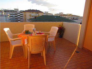 Quiet Condo Lido dei Pini - Close to the Beach - Aircondo - Private Parking - Bibione vacation rentals
