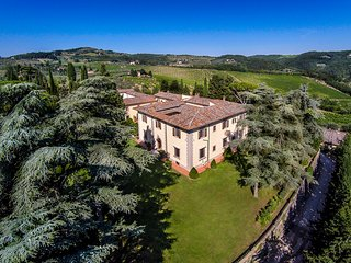 Beautiful 9BR Historic Tuscan Villa with Stunning Pool & Views, in Top Location! - Greve in Chianti vacation rentals