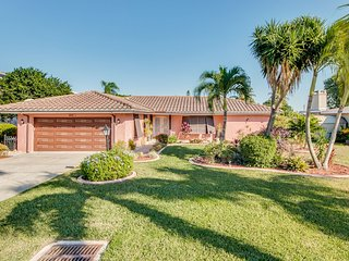 Villa Sinatra - only minutes to the River - Cape Coral vacation rentals