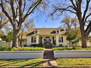 Eleven09--A Fine Guest Experience in the Sayles/Highland Historic District - Abilene vacation rentals