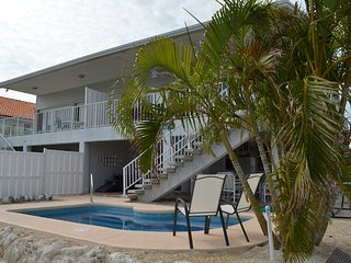 P25 Charming canal front 2 bedroom 2 bath with loft - Key Colony Beach vacation rentals