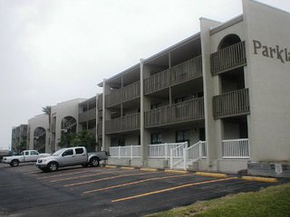 Parklane #307 2-3 minute walk to beach access - South Padre Island vacation rentals