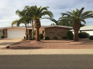 Gorgeous Sun City Golf Home With Fruit Trees Close to Shopping & Spring Training - Sun City West vacation rentals