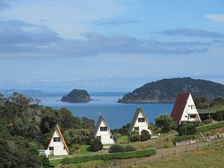 Family chalet - Sea views, walk to secluded  beach, kayak, fishing - Coromandel vacation rentals