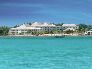 Grand Caymanian Resort: Studio, Sleeps 3, Kitchenette - George Town vacation rentals
