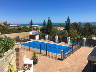 Nice Condo with Internet Access and A/C - Yanchep vacation rentals