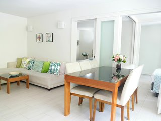Palm Cove: Tranquil Beachside Escape 2 Bedroom Bargain - Palm Cove vacation rentals