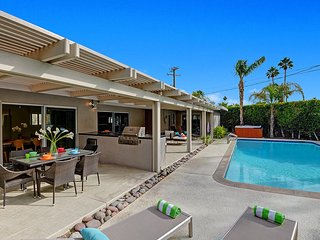 Land of Oz - Palm Springs vacation rentals