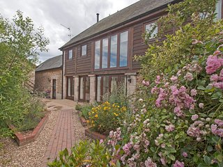 The Pillar Barn, Rolle Court, Colyford, near the seaside town of Seaton, Devon - Colyford vacation rentals