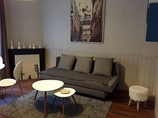 Romantic 1 bedroom Dieppe Apartment with Internet Access - Dieppe vacation rentals