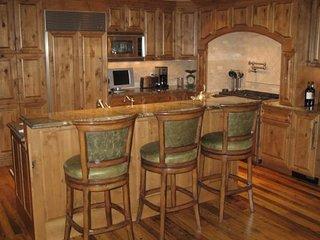 Aspen Colorado | Chateau Snow 102Aspen - Aspen vacation rentals