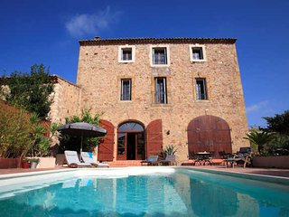 Neffies French holiday rental with private pool sleeps 10-13 - Neffies vacation rentals