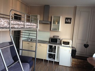Cozy Dieppe Studio rental with Internet Access - Dieppe vacation rentals