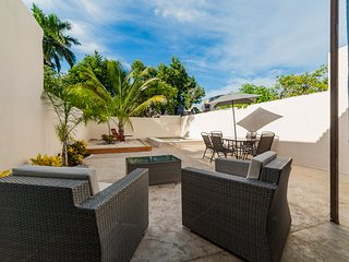 CASITA TUKUTRU BEAUTIFUL HOME ON CALLE 53 CENTRO - Merida vacation rentals