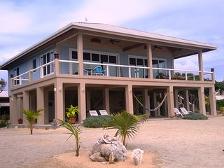 Seaclusion -Spectacular Ocean Front Home - Utila vacation rentals