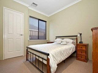 Holiday Home to Stay Near Seaside, Shopping Center and Perth CBD - Cockburn Central vacation rentals