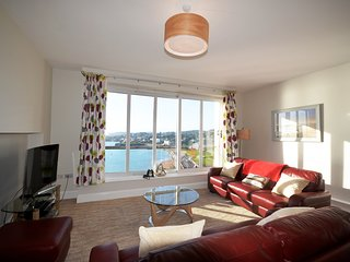 17 Astor House 2 bed stunning sea views from balcony - Torquay vacation rentals