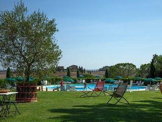 Trilocale Superior con piscina vicino a Siena - Isola d'Arbia vacation rentals