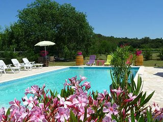 Syrah, Montpellier holiday gites with pool (sleeps 5) - Galargues vacation rentals
