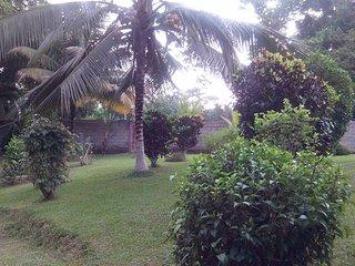 La Maison N°2 aux Logis Ebomé - Kribi - Kribi vacation rentals