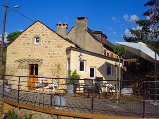 Gîte de France 3* très central en Aveyron -  calme et campagne - 5 couchages - Gaillac-d'Aveyron vacation rentals