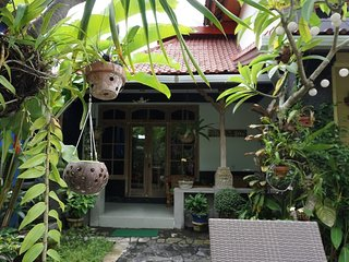 Angel House Ubud: Boutique B&B; Sandat Suite King bed + sofa bed - Ubud vacation rentals