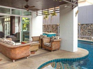 5 bedroom Pool Villa with jacuzzi - Pattaya vacation rentals