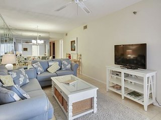 Villa Madeira #609 - Beach Front for up to 6 people! - Madeira Beach vacation rentals