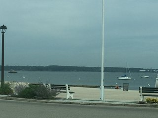 White Sandy Beach at your Door - Niantic vacation rentals