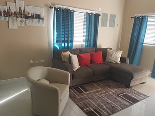 Cozy 2 bedroom Portmore House with Washing Machine - Portmore vacation rentals