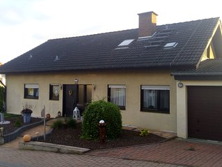Bright 2 bedroom Biebelnheim Private room with Internet Access - Biebelnheim vacation rentals