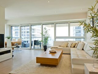 Luxury Specious TLV Apartment - Tel Aviv vacation rentals
