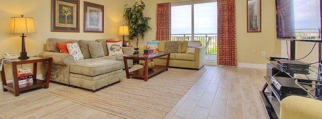 Teeming Vacation Rentals invites you to stay at stylish Madeira Bay Resort 508  - Madeira Bay Resort 508 - Madeira Beach - rentals