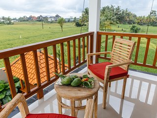 2 BDRM Villa with rice field view In Ubud, Villa Heavenly View ~風 - Peliatan vacation rentals