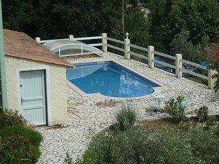 Villa Didoudam, 3 pièces, piscine, grand terrain 2000 m2, 2kms du village - Lorgues vacation rentals