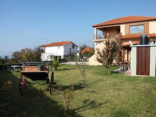 Lovely cosy private maisonette near sea - Nea Irakleia vacation rentals