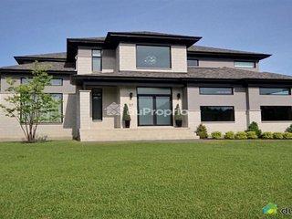 Maison super luxueuse à louer - Coteau-du-Lac vacation rentals