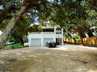 """Huge Pool Home on Canal, """"Heated Pool"""", Dock, Jacuzzi, Walk to Beach - New Smyrna Beach vacation rentals"""