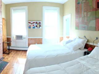 Charming Condo with Television and Microwave - Jersey City vacation rentals